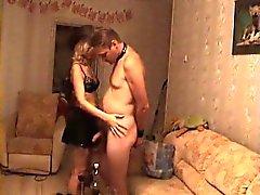 Betrügen Ehepartner durch Ausprobieren strapo diszipliniert durch ihre Spo
