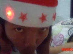 Jul xmas porr deepthroat throatpie video från thailändska tonåring Heather Deep