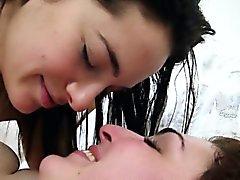 Agua caliente morenas gays peludas follar bedroom