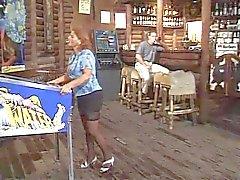 Fumar madura quente e batendo em Bar