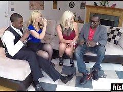 Blonde Babe genießt harten interracial knallend