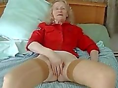 MASTURBATION old HOUSEWIFE JOSEE real bitch-