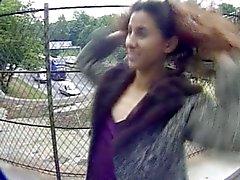HOT GIRL 9 beurette knipperen op de snelweg