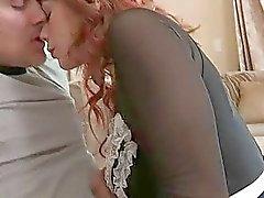 Redhead Hemhjälp Knullad ojämna Med Likformig By hennes chef