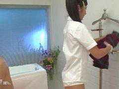 Suzu Ichinose nach der Schule