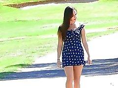 Jennan tyttö puisto ruskea tissit karva pussy