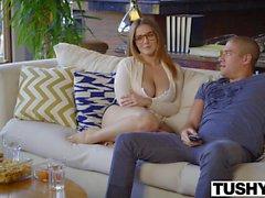 Curvy babe with big tits Natasha Nice has anal sex