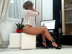 Erotic solo masturbation with Rita Faltoyano