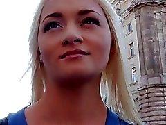 России медсестры получает взял и трахавший