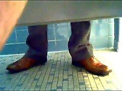 tutti glory hole Amatore understall stanza del bagno pubbliche
