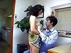 Japanin Äiti Etsii Cock kotona!