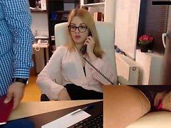 Chica aficionada rubia europea golpeó en público pov