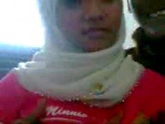 малайский девушка трахал