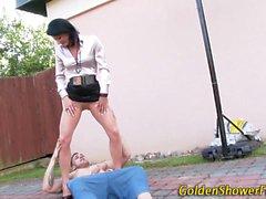 Goldenshower babe sucking