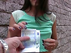 TeensLoveMoney - Spanish för servitris knullade For Money