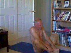 голый йога