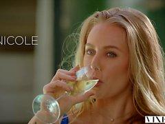 VIXEN Nicole Aniston hat heiße Dominiert Sex im Urlaub