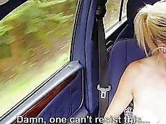 Horny Jessie Sinclairin julkisen vittua