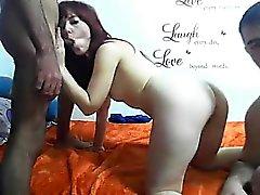 milf rousse Attractive avec de bons seins baise et Licki