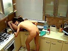 Jugando Con La Esposa En Cocina Mostrador