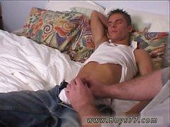 Голый загорелые молодыми парни и индийский кран мальчишка монстра геев полном объеме