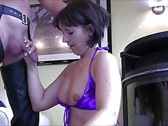 Pee och Cum för Gogo Slampa - Gabriela-Bitch