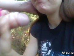 Polka poznana na sexnumberki robi mi loda w lesie