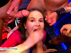 Dirty Luisa intraprende un'armata di Cazzoni - tedeschi Goo Girls