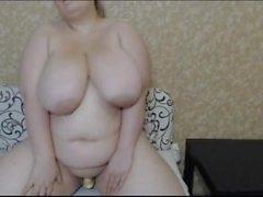 BBW Teen web kamerasında dev göğüsleri ile