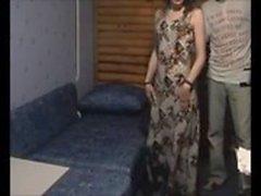 Amateur esposa jodida por más joven en cámara oculta