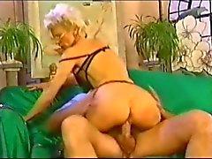 Sexy di mano matura francese caldo anal penetranti