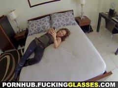 Knull Glasses - knulla ett snygging förr hennes dag