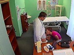 FakeHospital Kurze Haare hottie hat keinen Versicherung