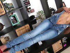 Ivana Sugar loves to drill herself