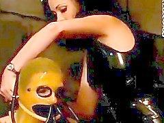 Sex Bondage über Webcam