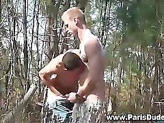 Gli omosessuali french scopata e sborrata facciale