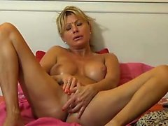 Blonde MILF Girl Webcam Present Olgun Olgun