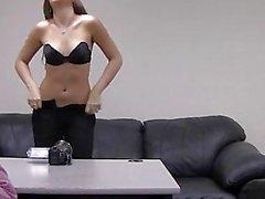 A Kaylie En trastienda Casting Couch ...