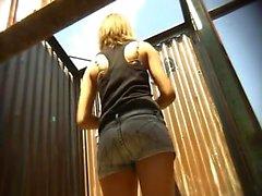 saltos altos amador nudez público amp voyeur HD