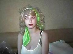 Julija blonde Krankenschwester