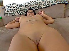 latina Luder hat eine schöne dicken Hintern
