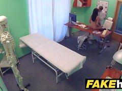 Fake Hospital Doctors gruesa polla estira caliente portugués
