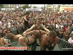 Outdoor Gay Public and Fetish Gangbang folson st