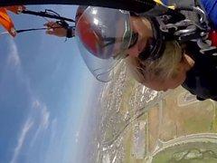 Новости @ Секс - прыжки с парашютом с Лизой Энн! Pt 2