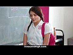 InnocentHigh - School Girl unter Druck gesetzt, Streifen und Ficken Lehrer
