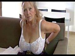 000000000000000 64yr alten Behaarte Alte Isabellfarbe Große Brüste Shows Alle ihre Sachen