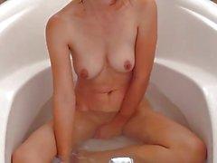 Ein bisschen baden, viel masturbiert;)