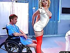 Нюни Кэгни Линн Картер отверждается больного от анальным сексом