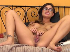 Nerdy brunette with amazing big boobs Eva Angelina pleases her snatch