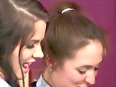 CFNM schoolgirls tempoi